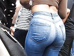 Denim rump at entertaining spectacle